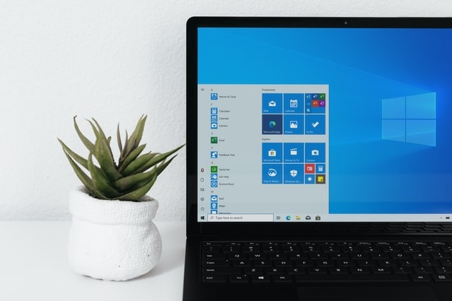 windows-Bnl5yt3SNsM-unsplash